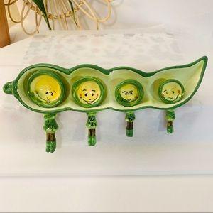 Vintage   Hanging Anthropomorphic Pea Pod Spoons